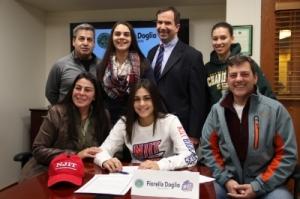fiorella_doglio_signing